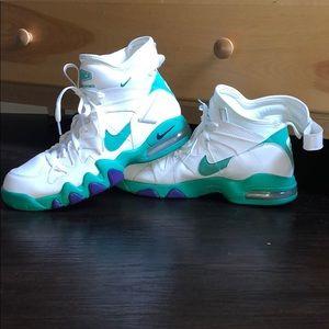 Nike air max's force